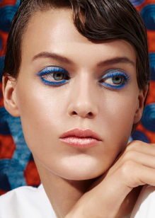Friseur-Hamburg-La-Biosthetique-Make-up-Collection-Spring-Summer-2019-Modern-Blue